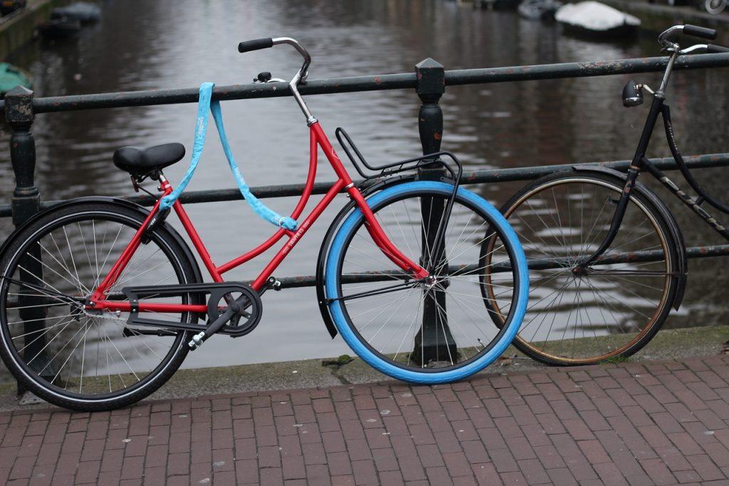 Bij fietsonderdelen mag een goed slot niet ontbreken.
