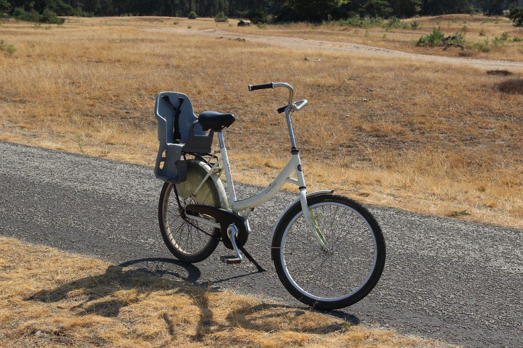 Witte fietsen op de veluwe